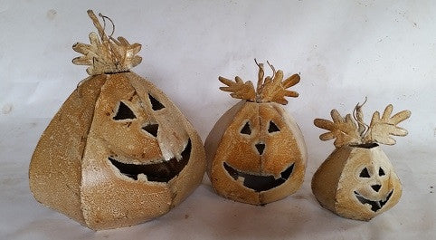 Set of 3 Cone Shaped Pumpkins
