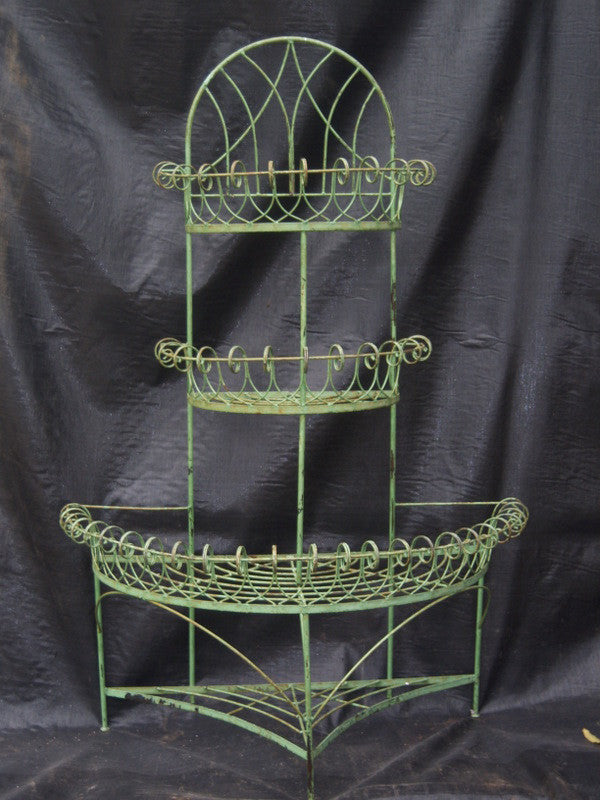 3 TIER BIRTHDAY CAKE PLANTER