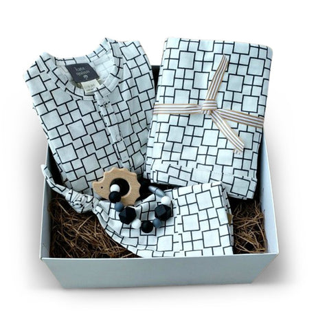 Popular Monochrome organic cotton baby layette baby shower or corporate gift set
