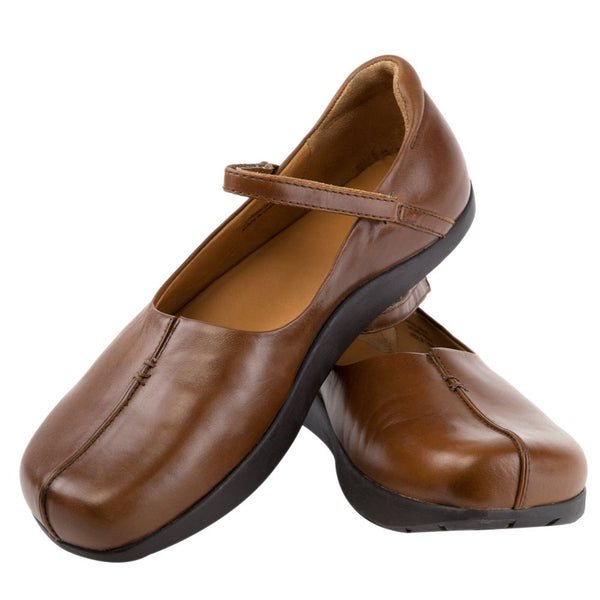 Earth Solar Brown Twister Leather Shoes