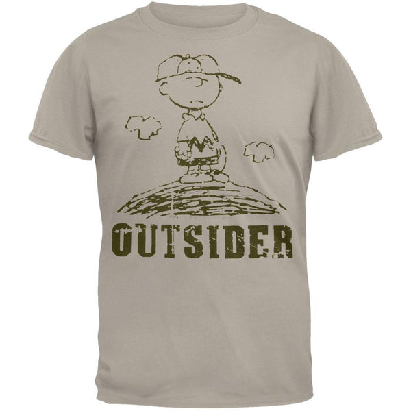 Peanuts - Chuck Pitching T-Shirt