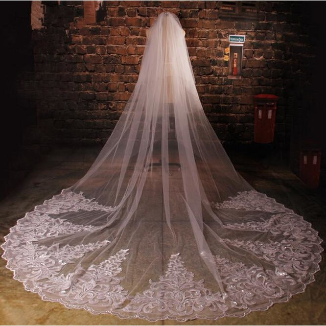 Cathedral Sequins Lace Veil - SALE LAB