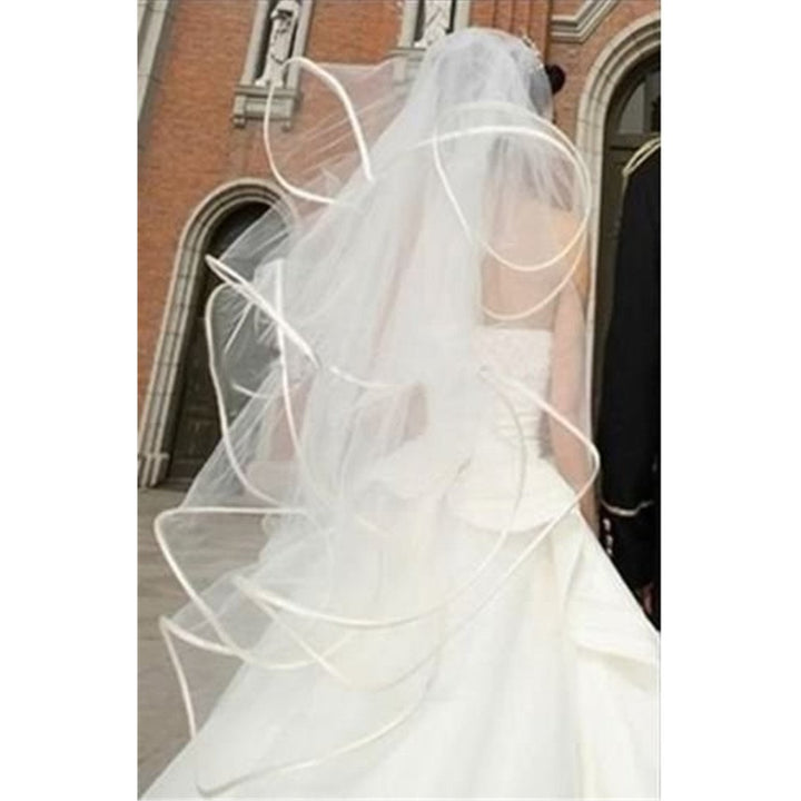 4 Layer Tulle Crinkle Hem Veil - SALE LAB