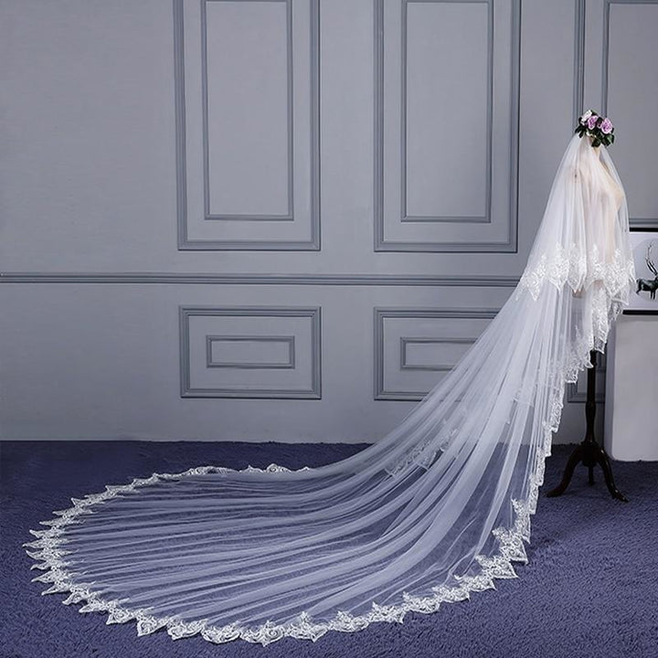 4 Meter Lace Edge Cathedral Wedding Veil - SALE LAB