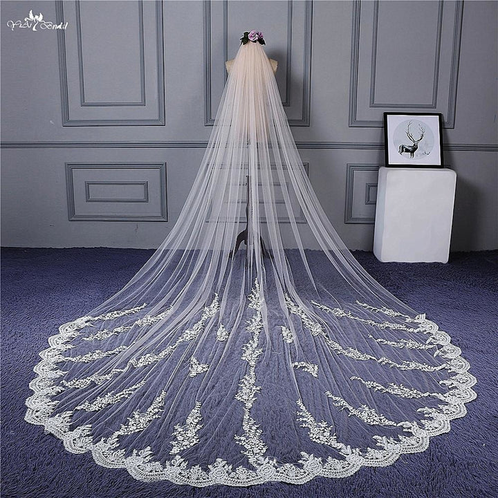 3.5 Meter  Branch Pattern One Layer Lace Veil - SALE LAB
