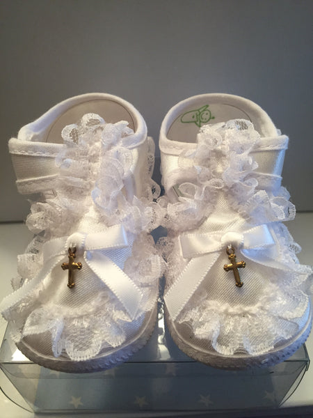 Baptism Baby Shoe with Gold Cross Size 3 556CR