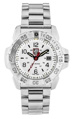 Luminox donates to Direct Relief