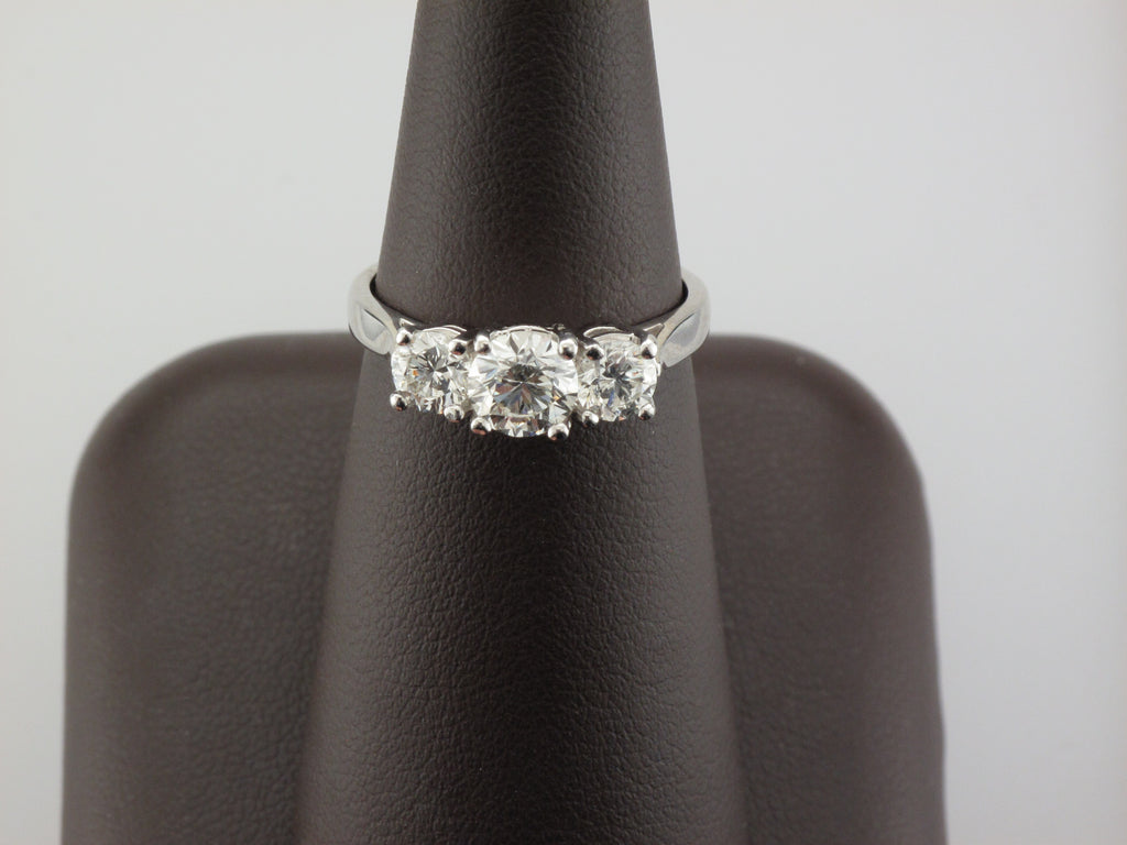 14KW Trinity Diamond Ring