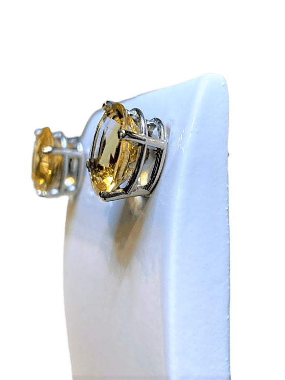 14KW OVAL CITRINE STUD EARRINGS