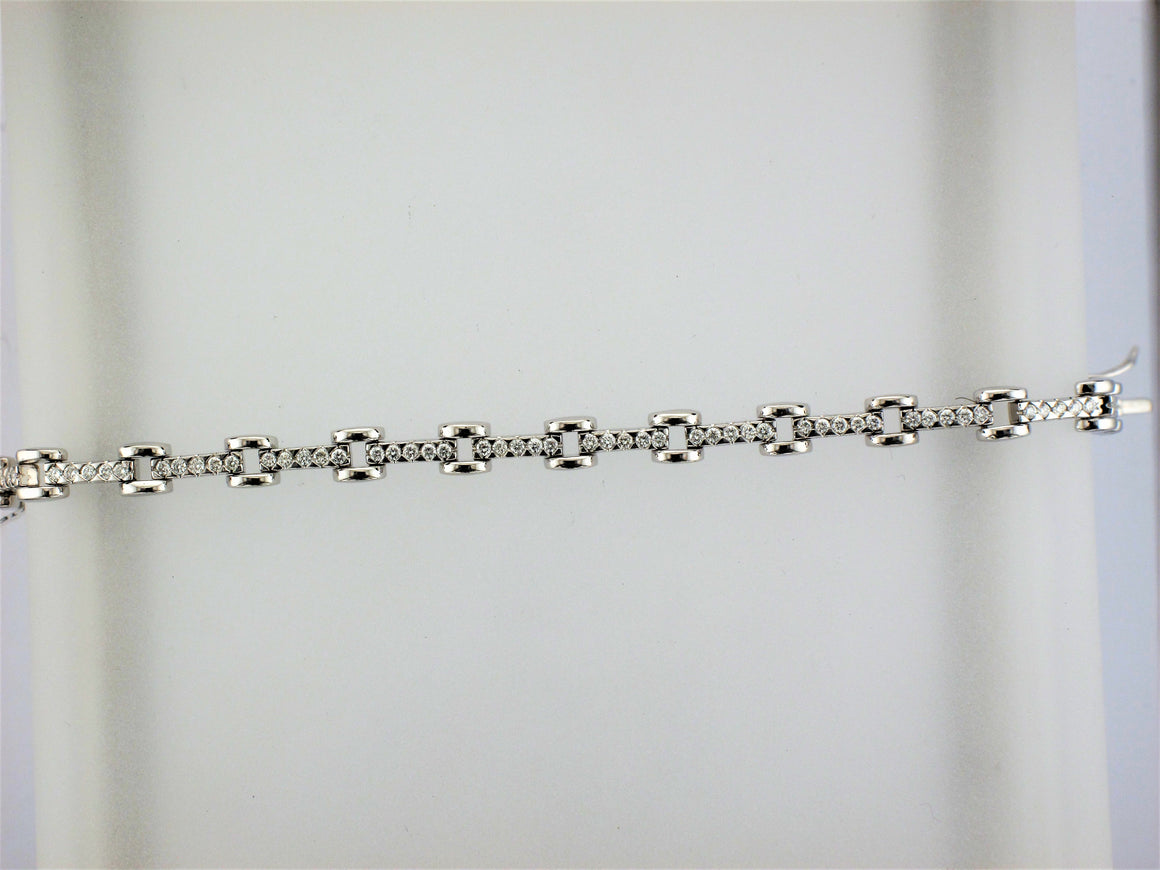 18KW Diamond Bracelet
