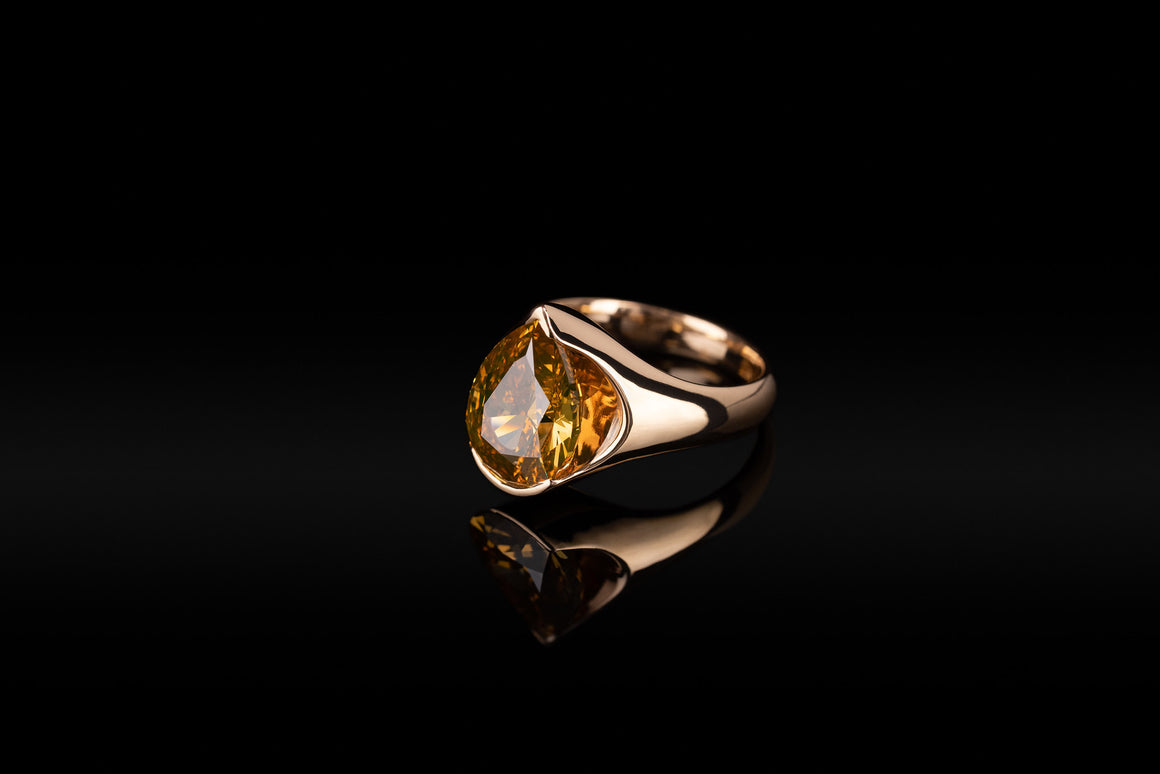 18KR  DEEP BROWN/YELLOW/ORANGE DIAMOND RING