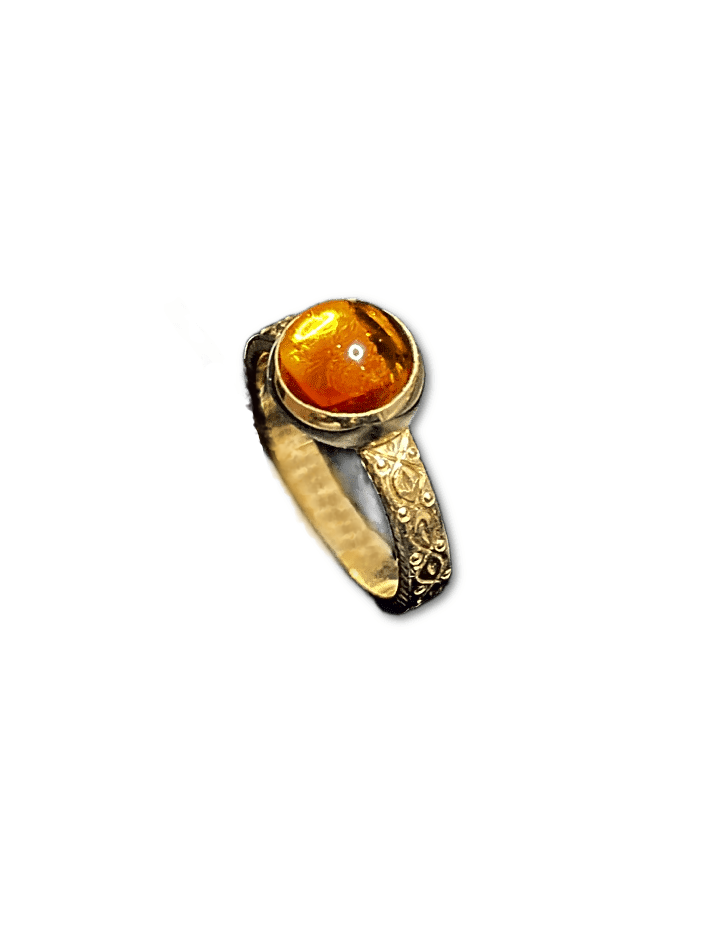 14KY CITRINE ENGRAVED RING