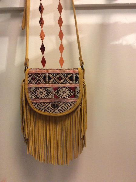 Howsty Fringe bag in mustard