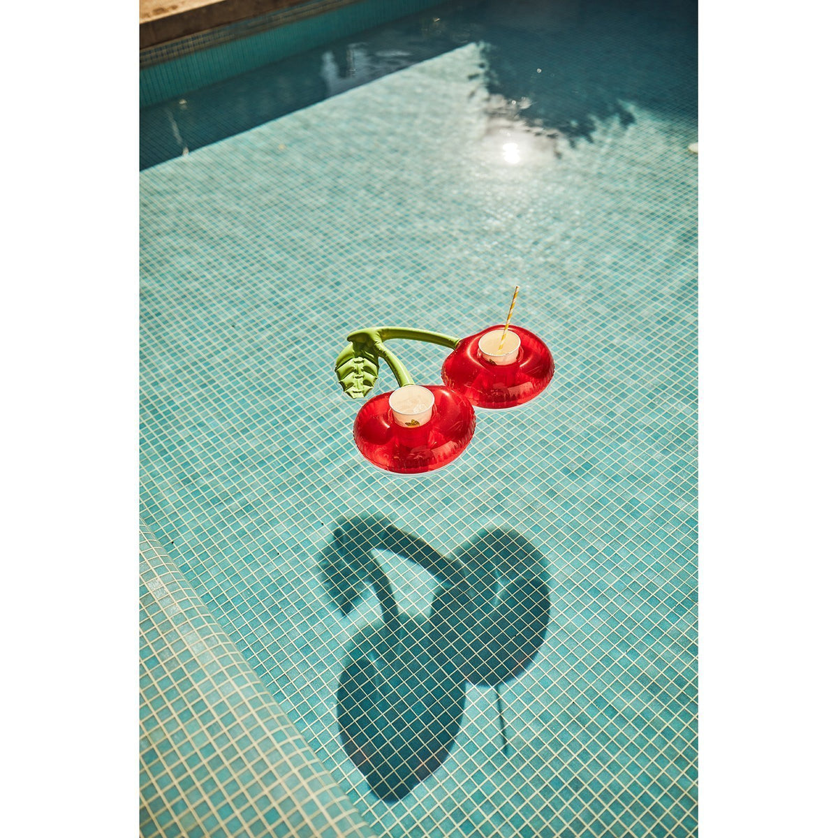 Sunnylife | Inflatable Drink Holders | Cherry