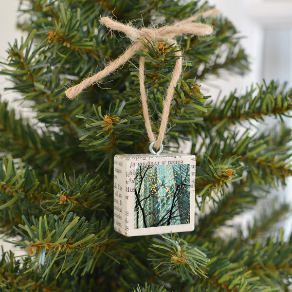 "Salvaged Wood Holiday Tree Ornament ""Chicago Lights"""