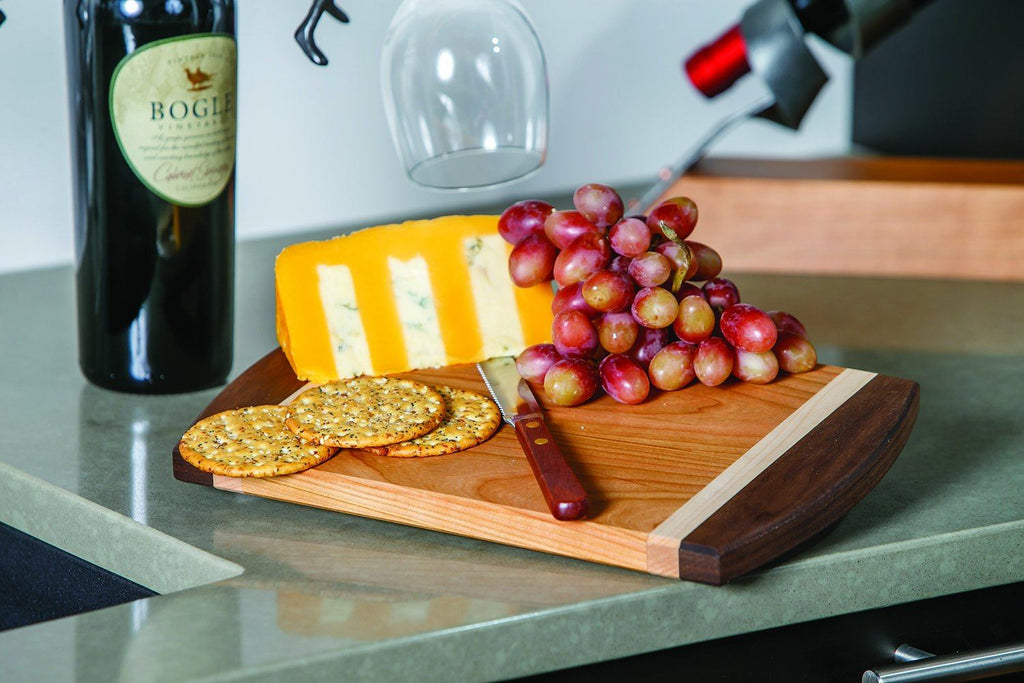 Amish Crafted Plumstead Cheese & Serving Board with Cheese Knife