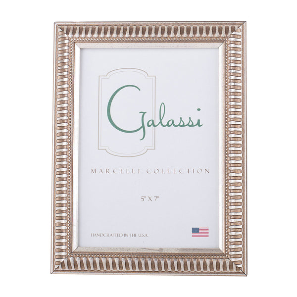 Thin Linear Picture Frame