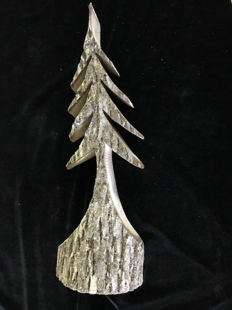 MEDIUM DECORATIVE WOOD TREE