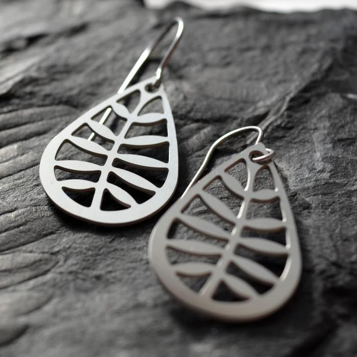 Stainless+Leaf+Earrings.jpg
