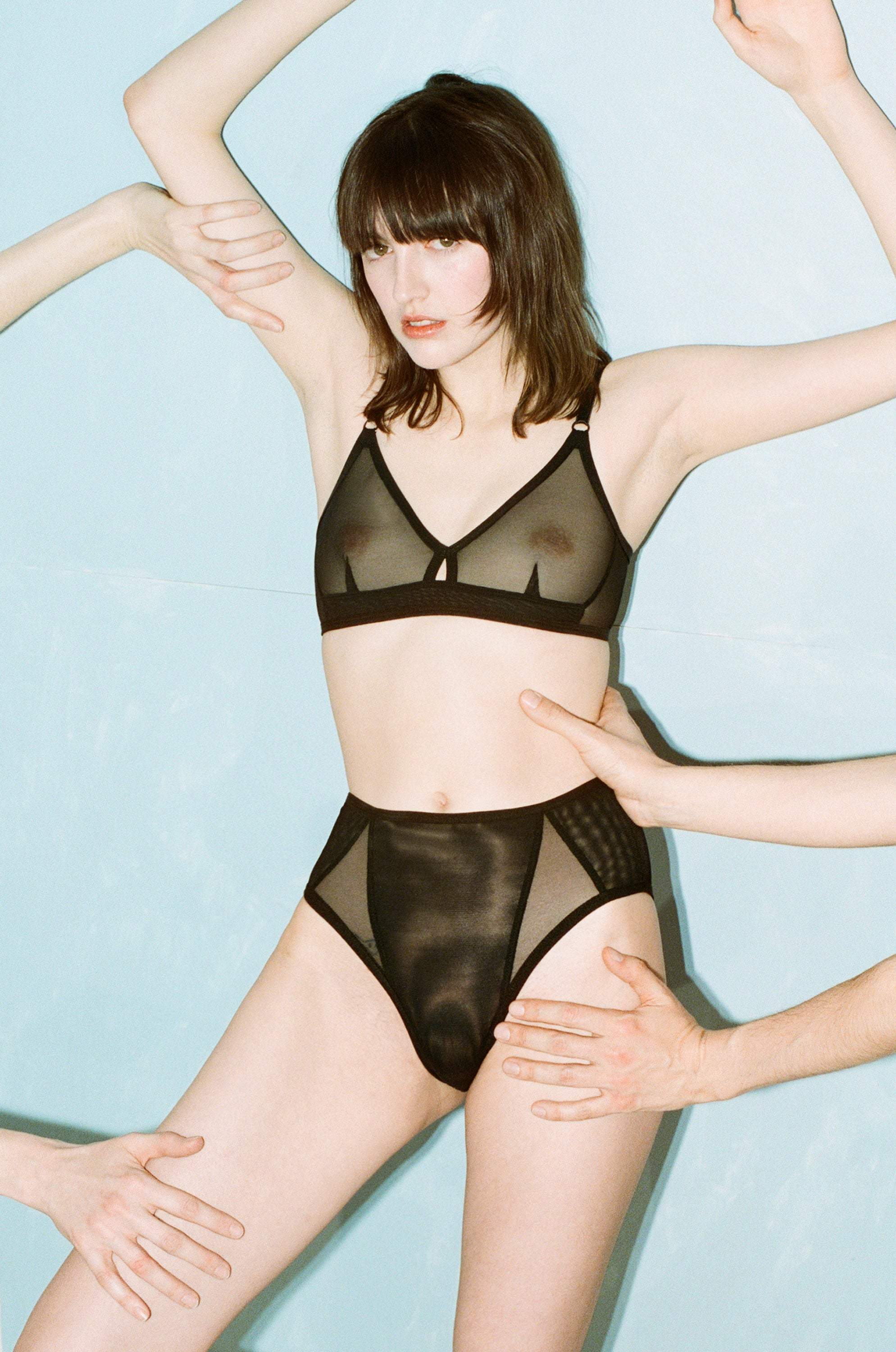 BRICK BRA - BLACK