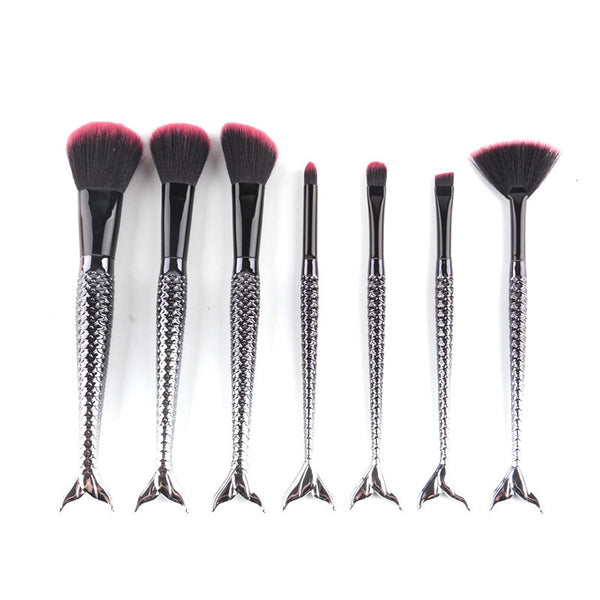 Sea Queens™ 7 pcs Black Mermaids Handle Brush Set