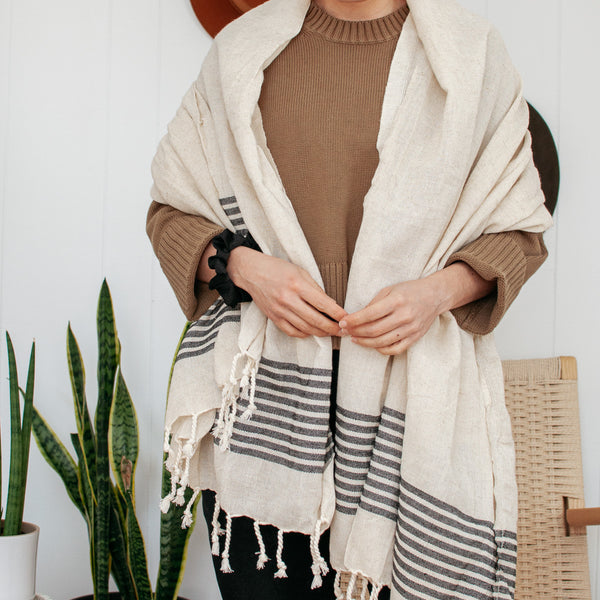 Peshtemal Towel - Ivory with Black Stripes