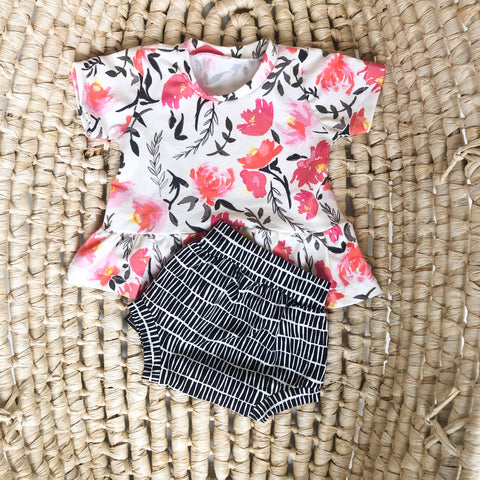 Girls Summer Outfit, shorts set in black and white