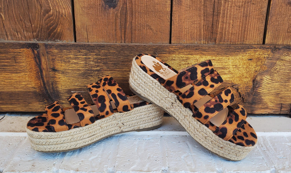 Aruba Leopard Sandal - the-attic-boutique-and-gift