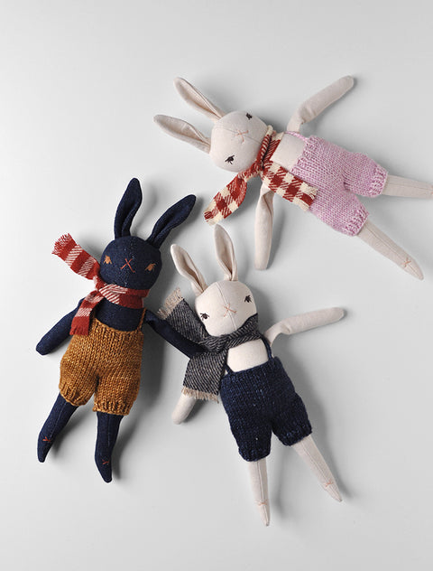 PDC Little Rabbit in a hand knits