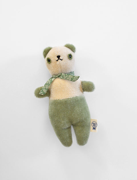 PDC + DÔEN hand dyed PDC Bear: cream/spring green