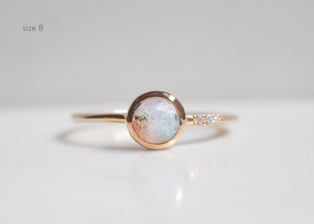 Helen 9k Solid Gold Opal Ring