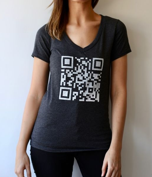 QR Code Women's V-Neck T-shirt