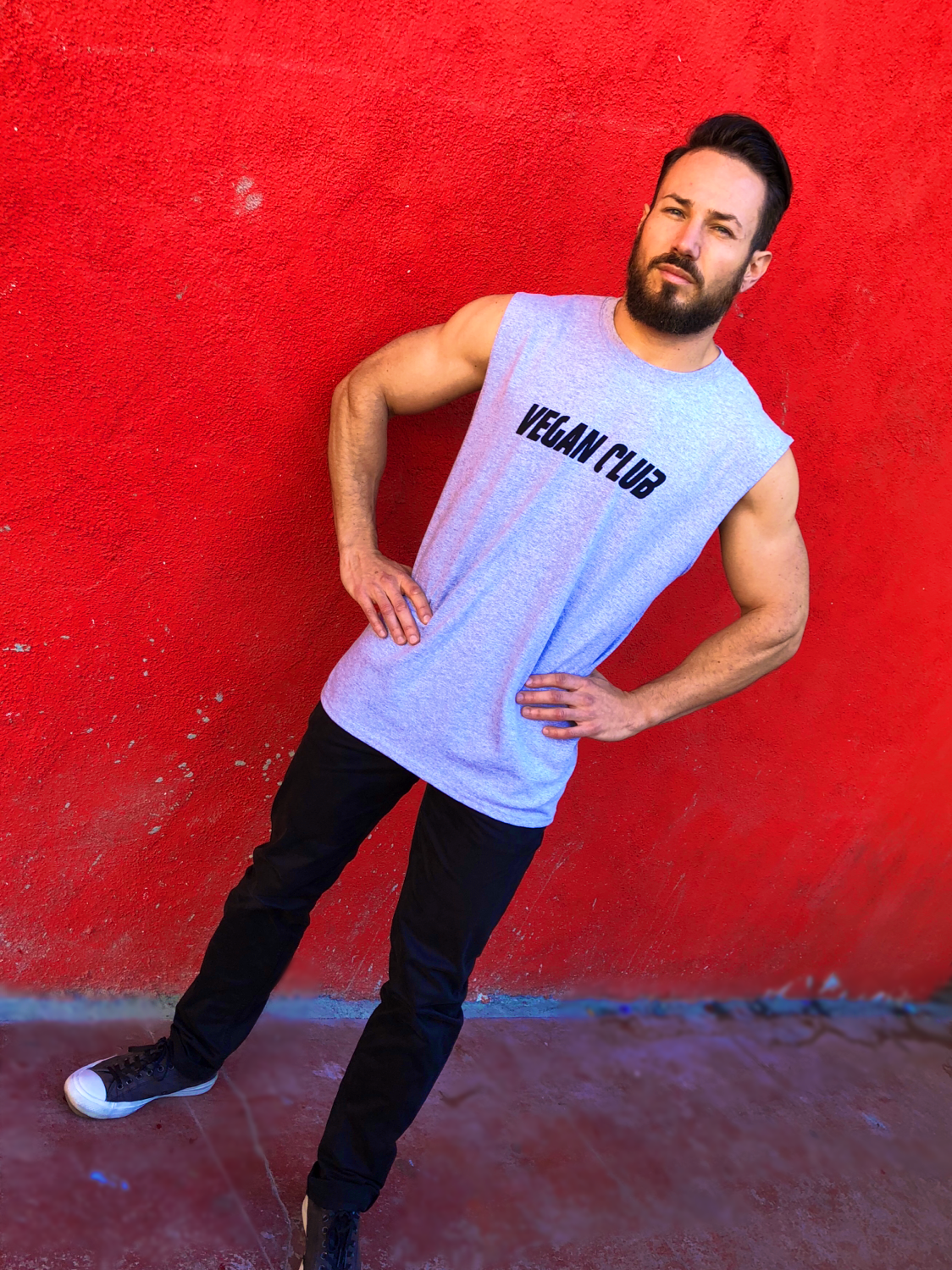 "Muscle Tank T-shirt with ""Vegan Club"""