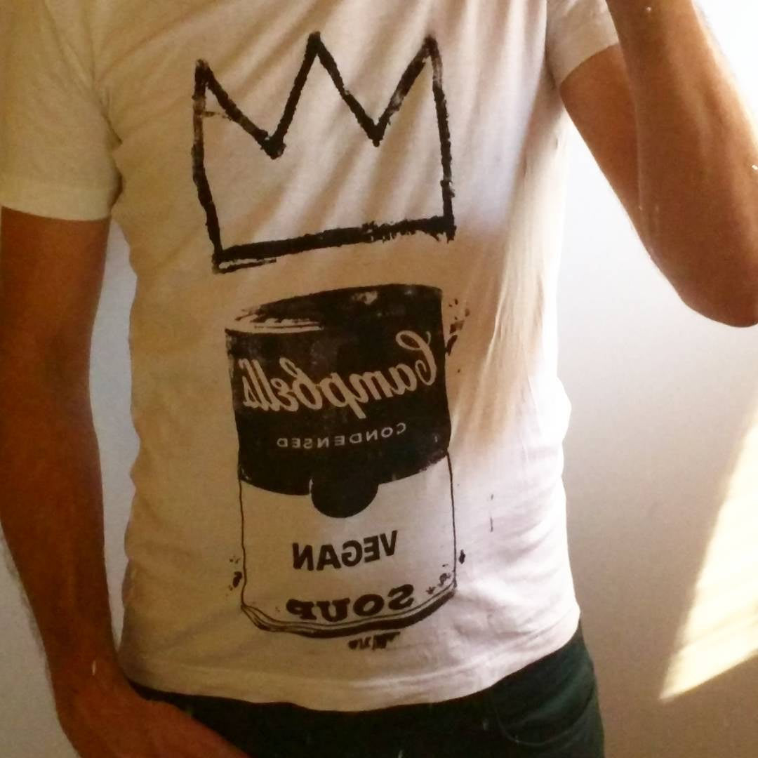 "Unisex T-shirt ""Vegan Soup is King!"" Warhol & Basquiat with handmade art by L3f0u - @boutchine"