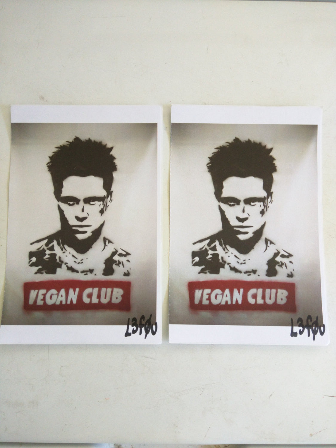 "2 Vegan Club Stickers featuring Brad Pitt Autographed l3f0u 5.5"" x 8.5"""