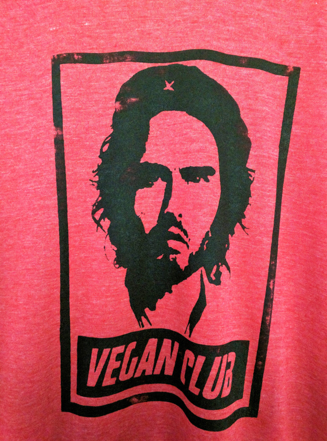 "Unisex T-shirt ""Vegan Club"" featuring Russell Brand a la Che Rebel Revolution handmade by L3F0u"