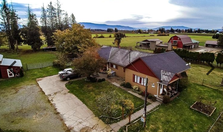 9206 Bloom Rd, Lynden, WA 98264 - 3 Beds, 2.5 Baths, 1,807 sq ft, Lot Size (Acreage): 9.93