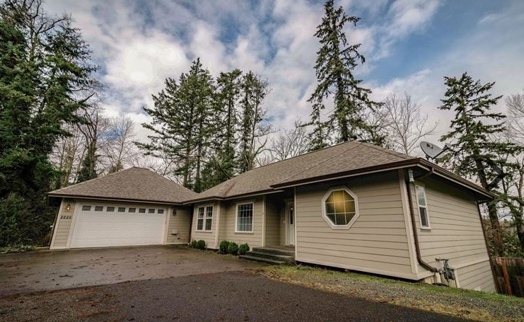 2225 Old Lakeway Dr, Bellingham, WA 98229 - 4 Bedrooms, 2.5 Baths, 2,712 sq ft, Lot Size (Acreage): 0.48