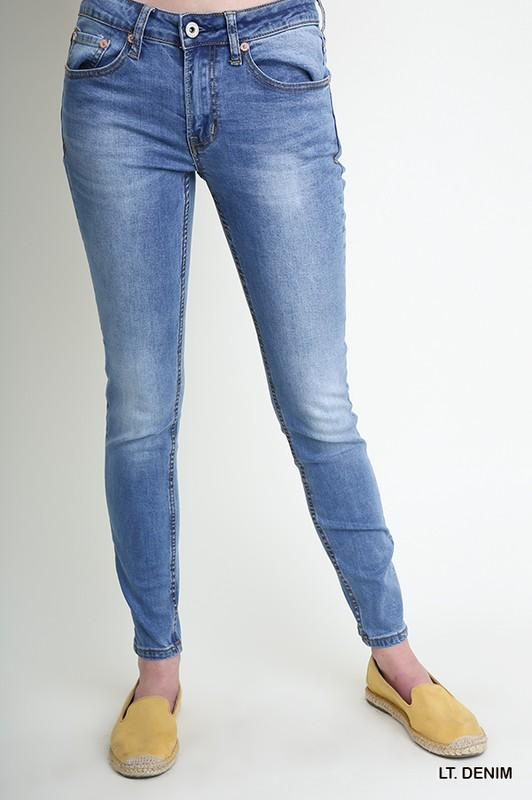 Melanie Skinny Jeans - women's boutique clothing Strong Confident You