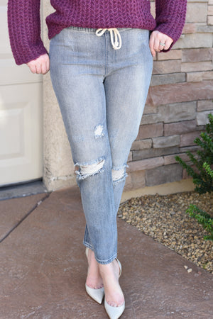Bridget Distressed Boyfriend Jeans - women's boutique clothing Strong Confident You