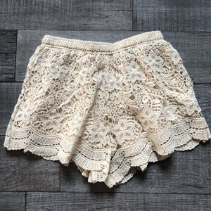 Crochet Scaloped Lace Shorts - women's boutique clothing Strong Confident You