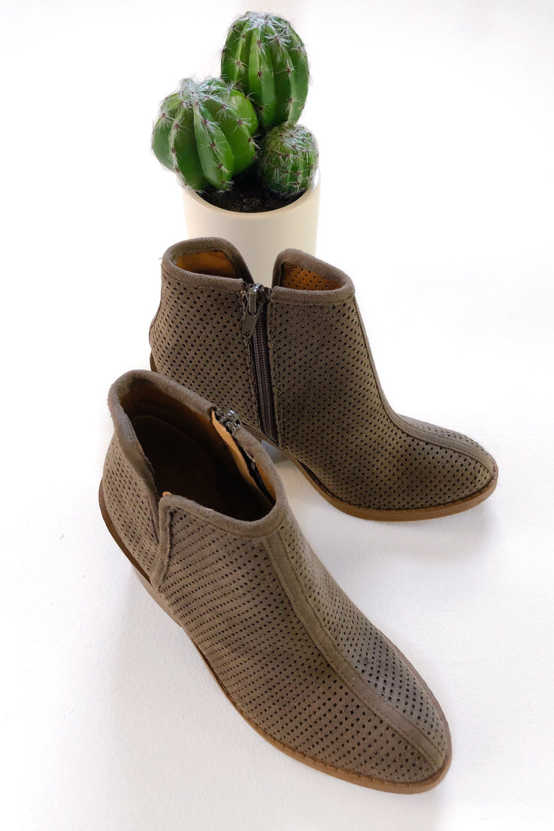 Brynn Booties - Charcoal - women's boutique clothing Strong Confident You