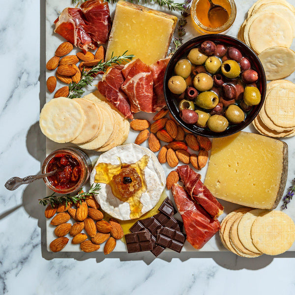 This Cheese Tasting in a Box Is the Perfect Holiday Gift