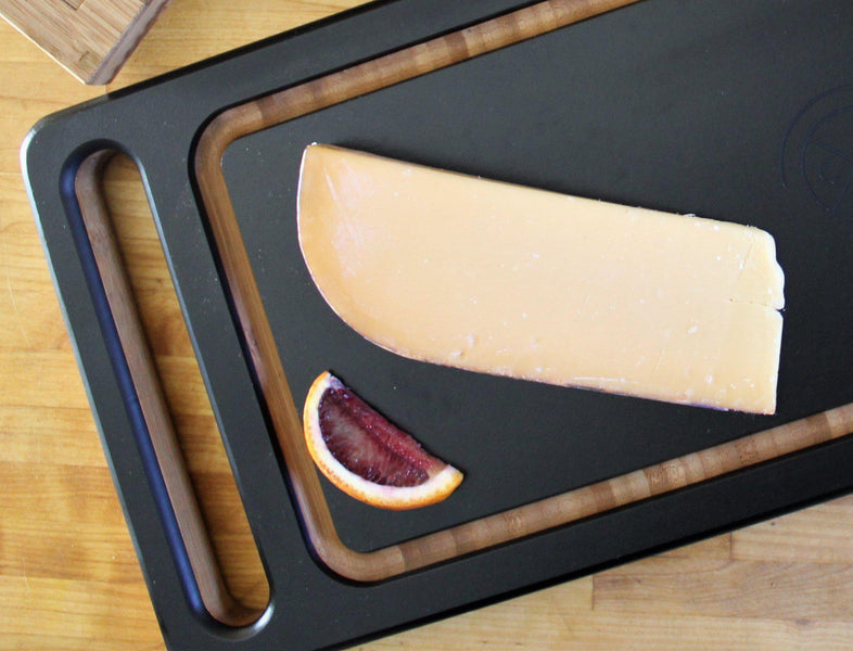 How to Build a Healthy Cheese Plate