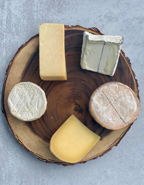 five cheese types for a cheese board