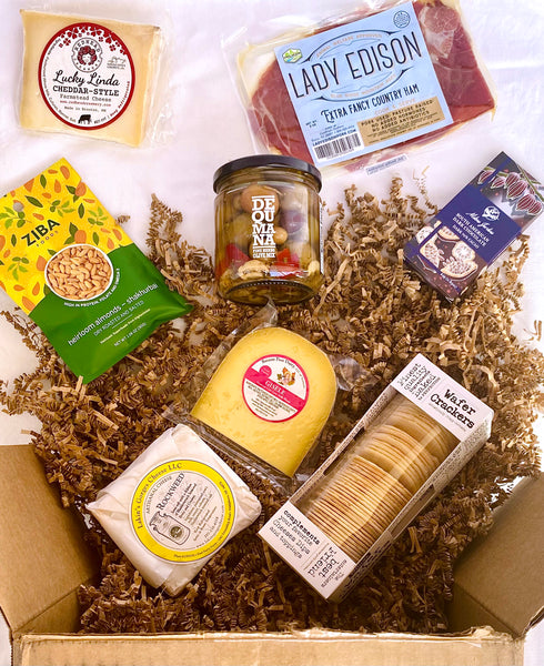 cheese and accompaniments gift box
