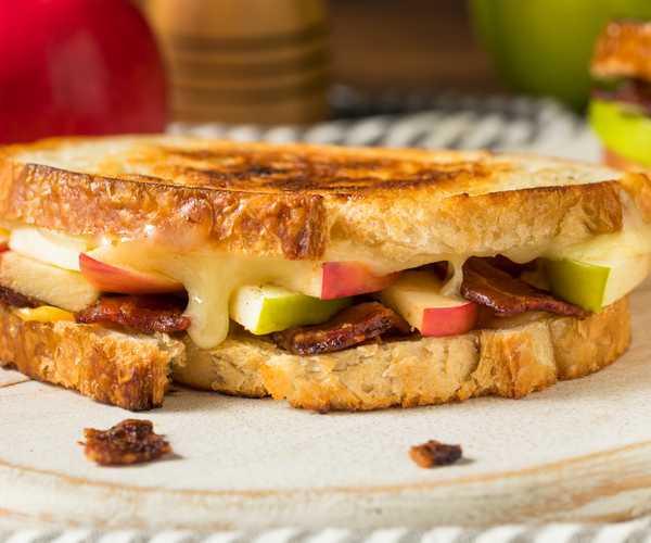 grilled cheese with sliced apple