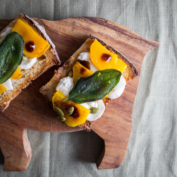 butternut_squash_and_mozzarella_toast_with_sage