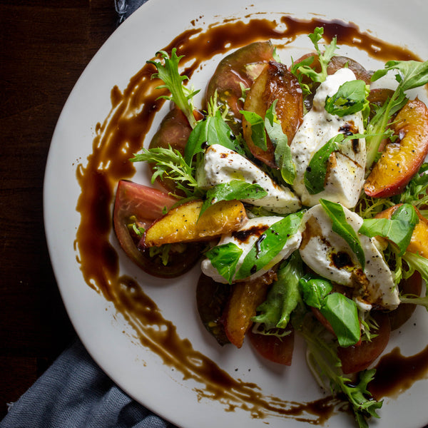 mozzarella_and_peach_caprese_salad