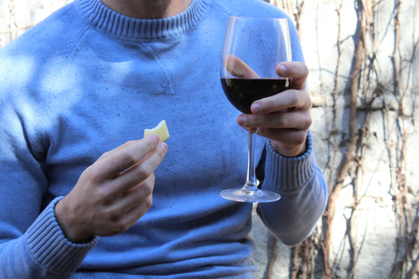 how to taste cheese and wine
